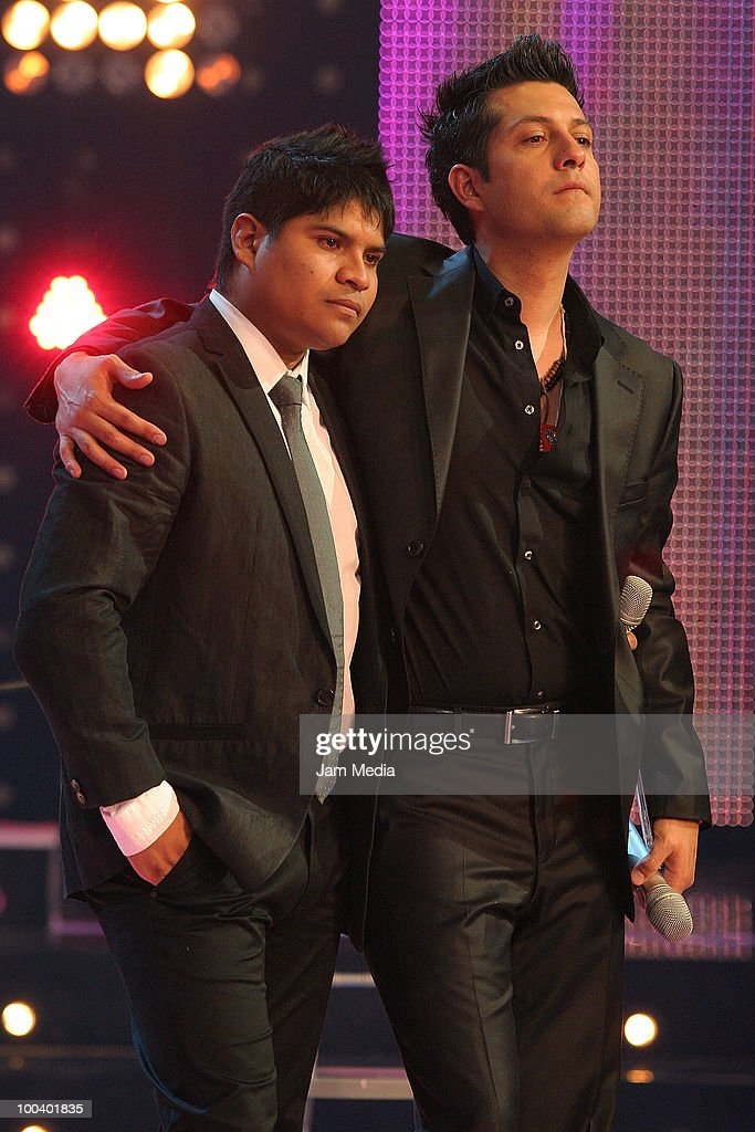Musicians Napoleon (L) and Manuel during the 9th concert of the reality show 'Second Chance', of TV Azteca, at Churubusco Studies on May 23, 2010 in Mexico City, Mexico.