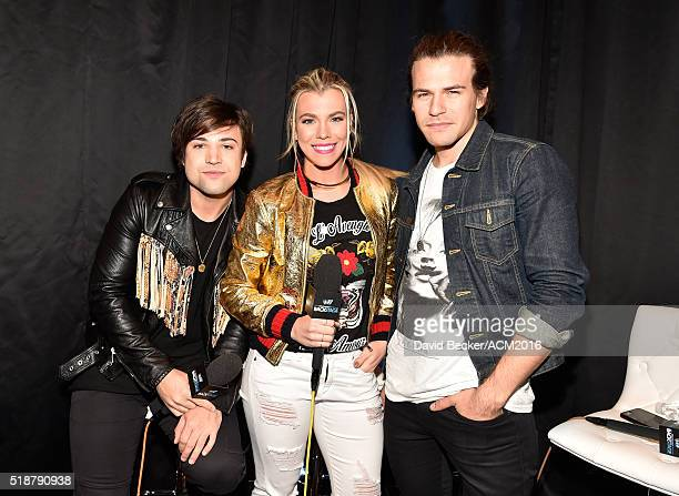 Musicians Neil Perry Kimberly Perry and Reid Perry of The Band Perry attend Westwood One Presents #WWOBackstage @ 51st ACMs at MGM Grand Garden Arena...