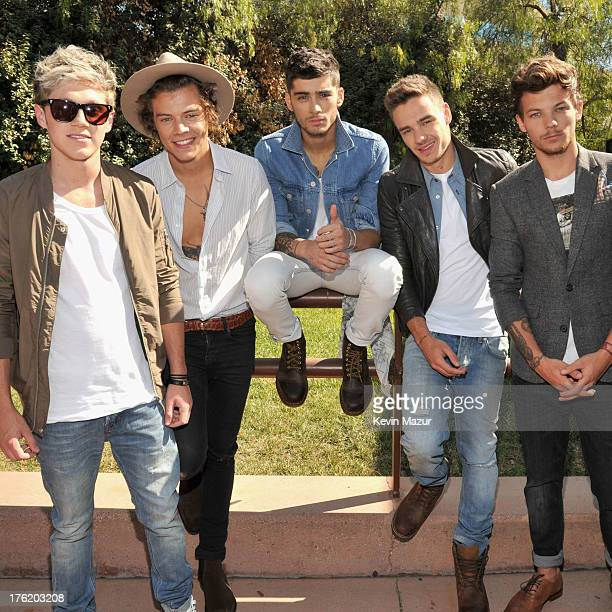 COVERAGE*** Musicians Niall Horan Harry Styles Zayn Malik Liam Payne and Louis Tomlinson of One Direction attend the 2013 Teen Choice Awards at...
