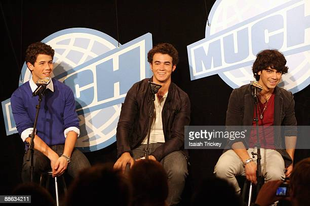 Musicians Nick Jonas Kevin Jonas and Joe Jonas of Jonas Brothers attend the MuchMusic Video Awards on June 21 2009 in Toronto Canada