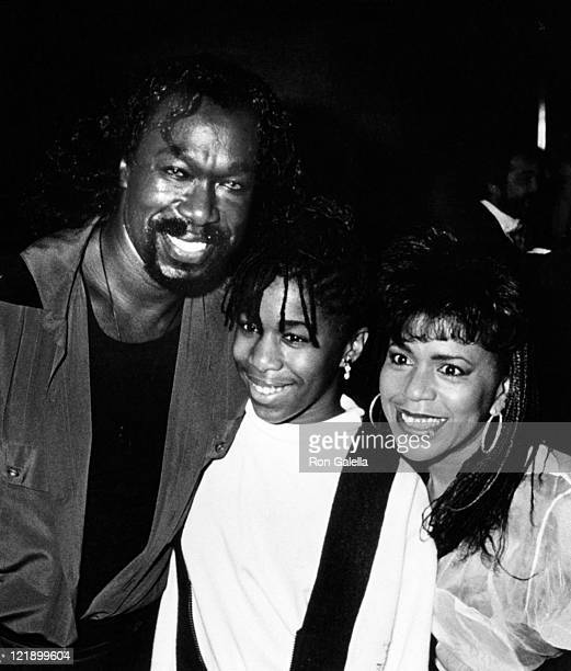 Musicians Nickolas Ashford and Valerie Simpson and daughter Nicole Ashford attending the opening of The Moscow Circus on September 15 1988 at the...