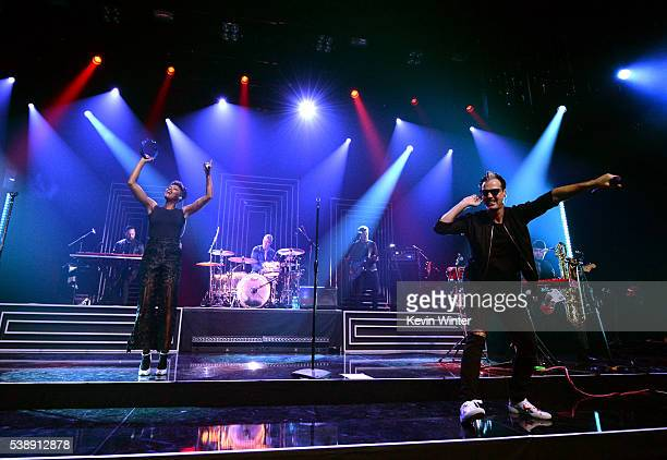 Musicians Noelle Scaggs and Michael Fitzpatrick of Fitz and the Tantrums perform on the Honda Stage at iHeartRadio Theater on June 8 2016 in Burbank...