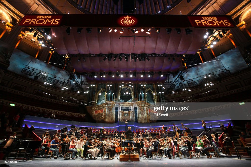 Israeli Arab Youth Orchestra Rehearse Ahead Of Their BBC Proms Debut : News Photo