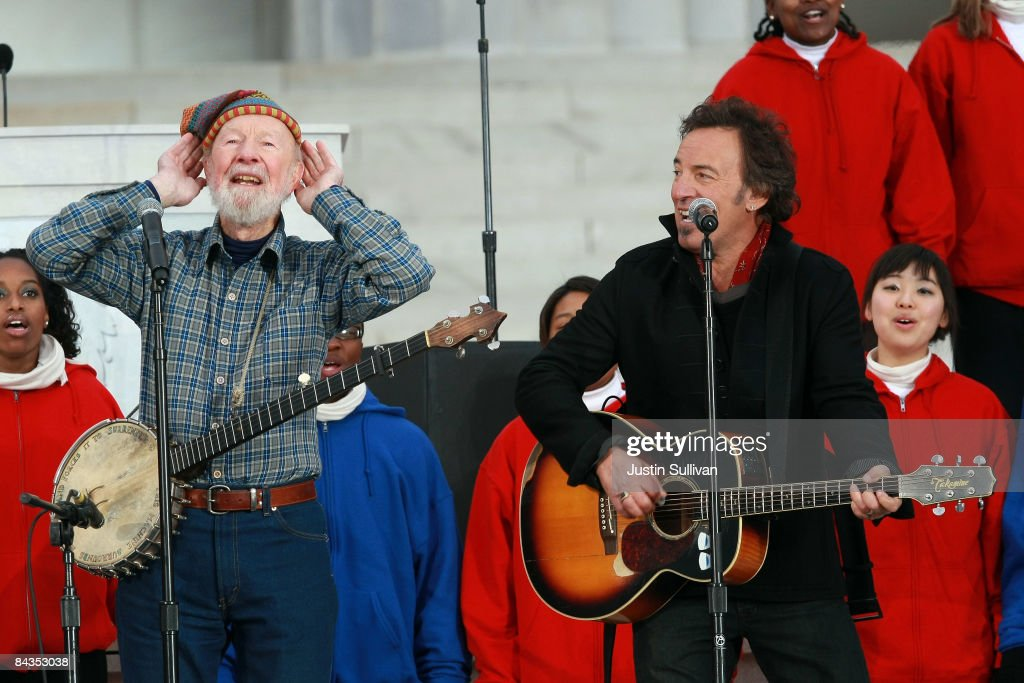 Musicians Pete Seeger and Bruce Springsteen (R) perform in front of the Lincoln Memorial during the 'We Are One: The Obama Inaugural Celebration At The Lincoln Memorial' on January 18, 2009 at the National Mall in Washington, DC. The event includes a diverse array of talent featuring both musical performances and historical readings and an appearance by U.S. President-elect Barack Obama.