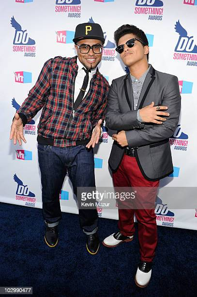 Musicians Phillip Lawrence and Bruno Mars arrive at the 2010 VH1 Do Something! Awards held at the Hollywood Palladium on July 19, 2010 in Hollywood,...