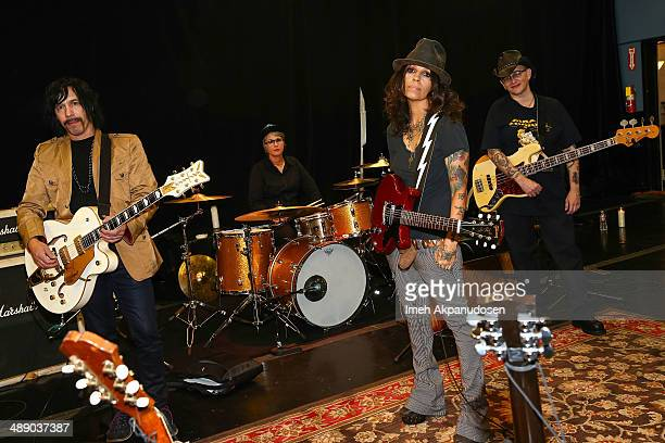 Musicians Roger Rocha Dawn Ricardson Linda Perry and Christa Hillhouse of 4 Non Blondes pose before performing an intimate rehearsal session on May 9...