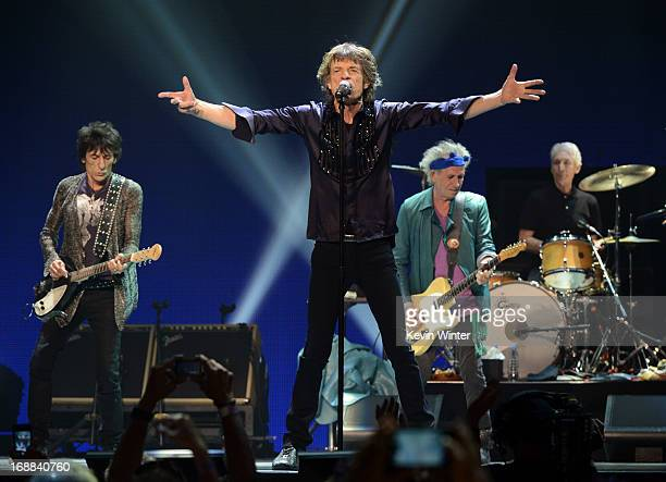 Musicians Ronnie Wood Mick Jagger Keith Richards and Charlie Watts of The Rolling Stones perform onstage during the Rolling Stones '50 Counting' tour...