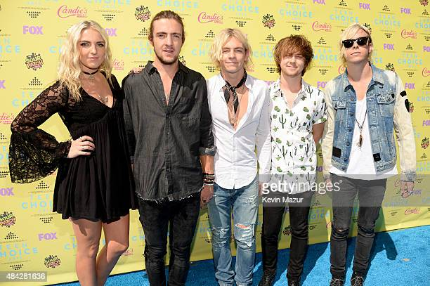 R Musicians Rydel Lynch Rocky Lynch Ross Lynch Ellington Ratliff and Riker Lynch of R5 attend the Teen Choice Awards 2015 at the USC Galen Center on...