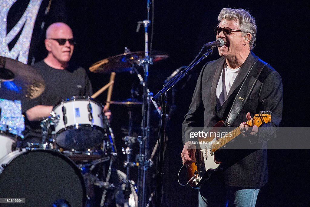 Musicians Steve Miller (R) and Gordy Knudtson of Steve Miller Band perform on stage at Humphrey's on July 29, 2015 in San Diego, California.