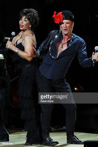Musicians Sting and Dame Shirley Bassey perform on stage during the Almay concert to celebrate the Rainforest Fund's 21st birthday at Carnegie Hall...