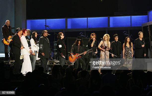 Musicians Tim McGraw Scott Weiland Alicia Keys Stevie Wonder Bono Slash Steven Tyler Allison Krauss Billie Joe Armstrong Norah Jones and Brian Wilson...