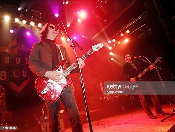 Musicians Todd Rundgren and Kasim Sulton perform at a press conference to announce an upcomming tour and performance by 'The New Cars' at the House...