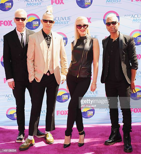 Musicians Tom Dumont, Adrian Young, Gwen Stefani and Tony Kanal of No Doubt arrive at the 2012 Teen Choice Awards at Gibson Amphitheatre on July 22,...