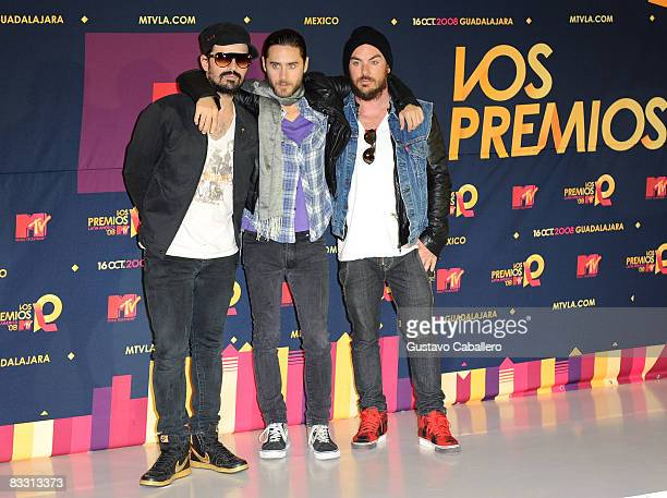 Musicians Tommy Milicevic Jared Leto and Shannon Leto of 30 Seconds to Mars poses in the press room during the 7th Annual 'Los Premios MTV Latin...