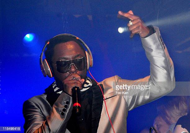 Musician/singer WillIAm from the Black Eyed Peas performs at the WillIAm DJ Set at The Show Case on May 20 2010 in Paris France