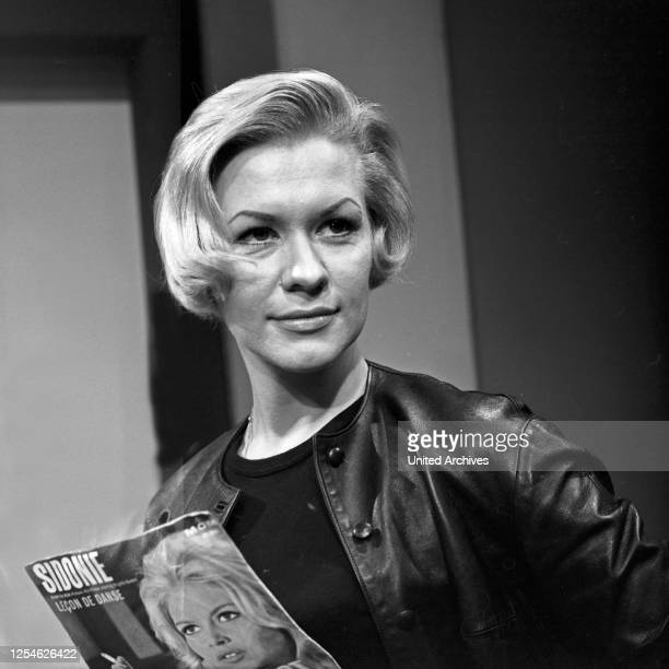 Musik aus Studio B, Musiksendung, Deutschland 1962, Gaststar: Ingrid van Bergen.