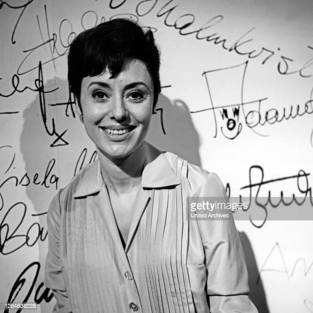 Musik aus Studio B, Musiksendung, Deutschland 1965, Gaststar: Caterina Valente.