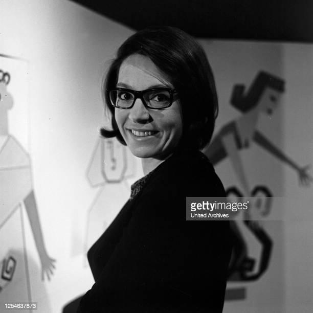 Musik aus Studio B, Musiksendung, Deutschland 1965, Gaststar: Nana Mouskouri.