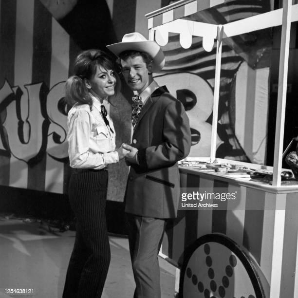 Musik aus Studio B, Musiksendung, Deutschland 1966, Gaststar: Alma Cogan, Peter Hinnen.
