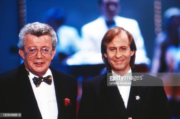 Musik liegt in der Luft, Sendereihe mit Musikwünschen, Deutschland 1990 - 1998, Moderator Dieter Thomas Heck mit Schlagersänger Michael Holm(.