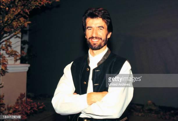 Musiker der volkstümlichen Musik OSWALD SATTLER zu Gast beim Grand Prix der Volksmusik 1998.