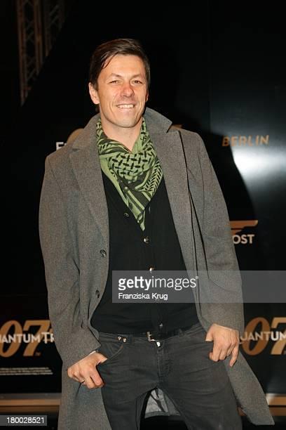 Musiker Michi Beck Bei Der 007 Ein Quantum Trost Premiere Im Cinestar Am Potsdamer Platz In Berlin Am 031108