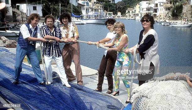 Musikgruppe 'Die Flippers' Bernd Hengst Manfred Durban Olaf Malolepski Edith Hengst Helene Durban und Sonja Malolepski 1 ZDFTVSpecial 'Die Flippers...