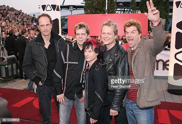 Musikgruppe 'Die Toten Hosen' mit Sänger Campino Pro 7 VivaGala Preisverleihung 'Comet 2005' Oberhausen PNr 1247/2005 'Arena' roter Teppich...
