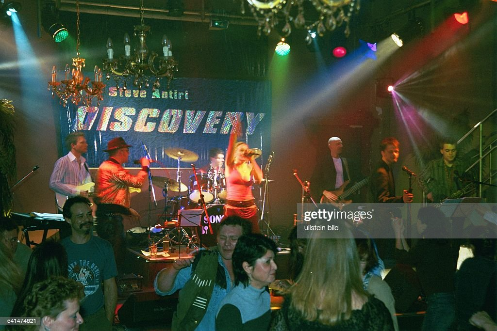 Jwd Berlin steve antiri discovery funkrockband d auftritt im jwd in berlin