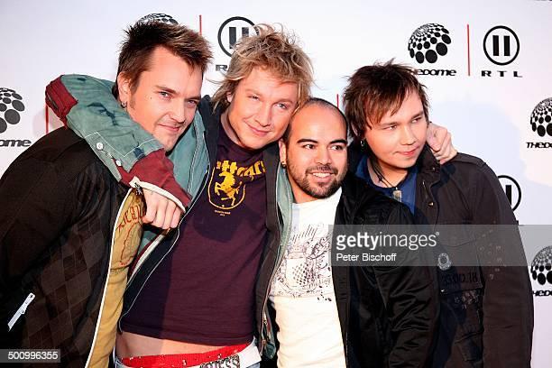 Musikgruppe 'Sunrise Avenue' RTL IIMusikshow 'The Dome 40' Jubiläumsshow 10 Jahre 'The Dome' und 40Sendung Düsseldorf Deutschland PNr 1649/2006 'ISS...