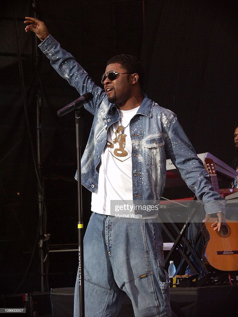 Musiq Performs at the Tommy Hilfiger Jones Beach Theater