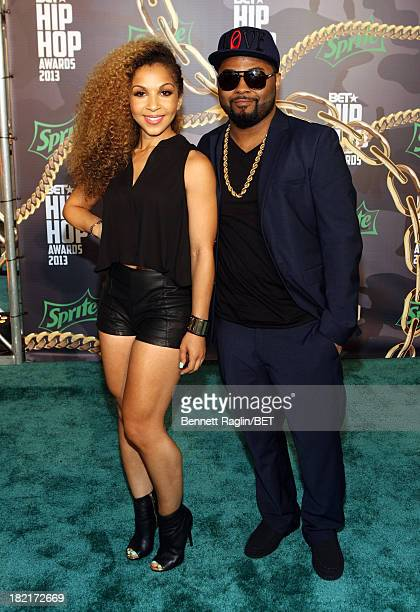 Musiq Soulchild and guest attend the BET Hip Hop Awards 2013 at Boisfeuillet Jones Atlanta Civic Center on September 28, 2013 in Atlanta, Georgia.