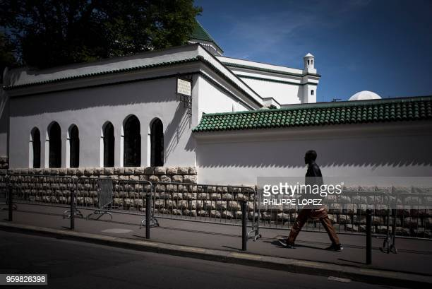 A Muslim arrives at the Grande Mosquee de Paris in Paris on May 18 2018 for the first Friday prayers of the holy month of Ramadan