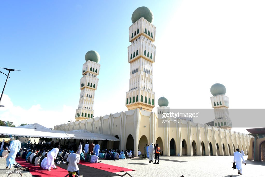 Muslim faithfuls pray to celebrate Eid-El-Kabir festival on August