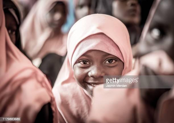 muslim girl school - afrika stock-fotos und bilder