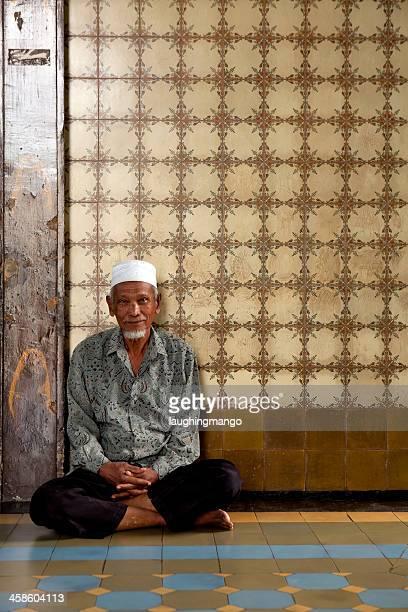 Musulmana mezquita medan hombre