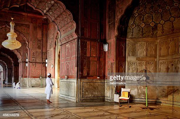 muslim men offering prayer - jama masjid delhi stock pictures, royalty-free photos & images
