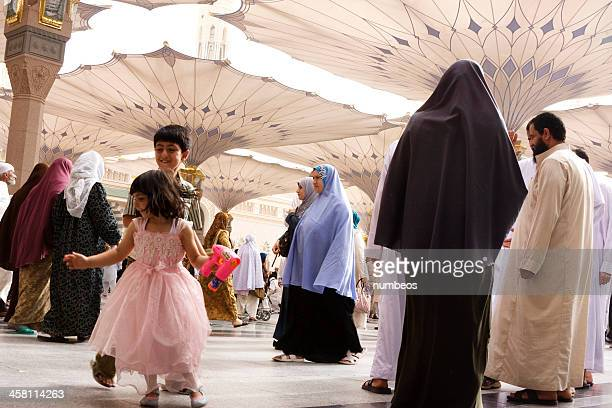 muslim pilgrims, medina, saudi arabia - al madinah stock pictures, royalty-free photos & images