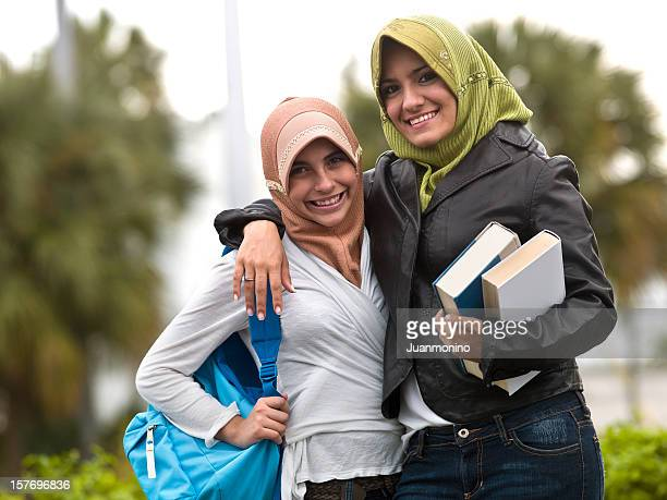 Muslim students teenage girls