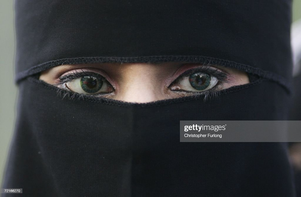 Muslims Demonstrate Against Ministers Comments On Veiling : News Photo