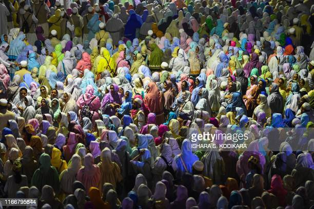 TOPSHOT Muslim women pilgrims of the Dawoodo Bohra community take part in a Bohra ceremony in Colombo on September 8 in the run up to Ashura one of...