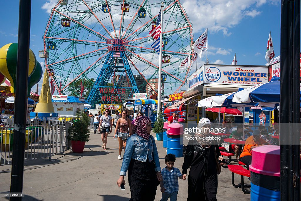 Coney Island Beach And Boardwalk : News Photo
