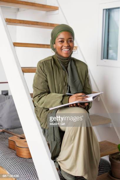 #muslimgirl writing lyrics - muslimgirlcollection stock pictures, royalty-free photos & images