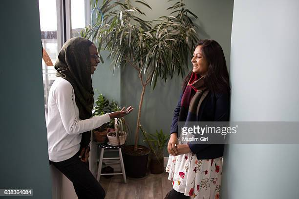 #muslimgirls at work - muslimgirlcollection stock pictures, royalty-free photos & images