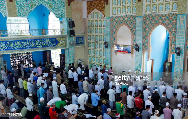 Muslims worship the last Friday final in the Holy Month of Ramadan at the At Thohirin Mosque in Bogor West Java on May 31 2019 Next week Muslims in...