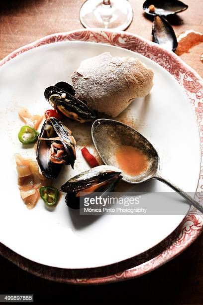 Mussels with chilis and ginger