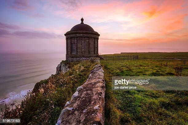 mussenden temple, castlerock, county derry - castle rock colorado stock pictures, royalty-free photos & images