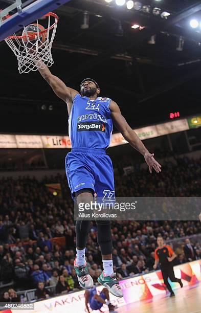 Mustafa Shakur, #22 of Neptunas Klaipeda in action during the 2014-2015 Turkish Airlines Euroleague Basketball Regular Season Date 9 game between...
