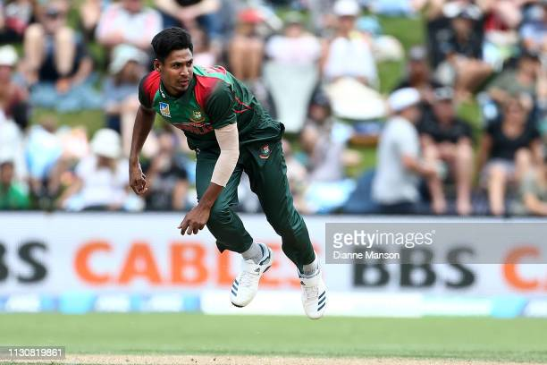 Mustafizur Rahman of Bangladesh bowls during Game 3 of the One Day International series between New Zealand and Bangladesh at University Oval on...