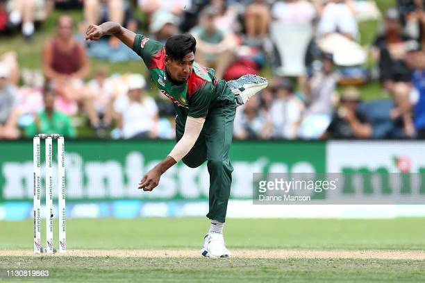 Mustafizur Rahman of Bangladesh bowls during Game 3 of the One Day International series between New Zealand and Bangladesh at University Oval on...